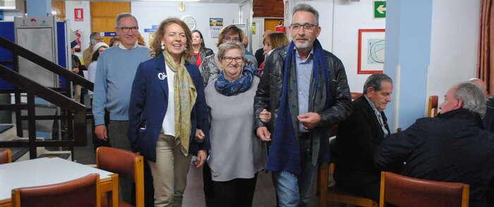 El alcalde de Valdepeñas y la consejera de Bienestar Social visitan el Centro de Mayores de Bonillas