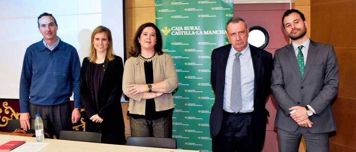 Fundación Caja Rural CLM y UCLM celebran una jornada para analizar los perfiles más demandados en las empresas