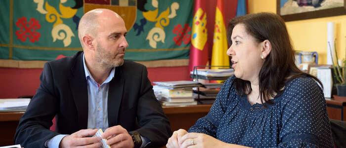 Villa del Alba y el Ayuntamiento de Argamasilla de Alba ratifican el convenio de colaboración