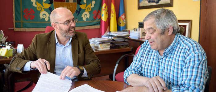 El Ayuntamiento de Argamasilla de Alba y el F.S. Renacer ratifican el convenio de la Escuela Deportiva de Fútbol Sala