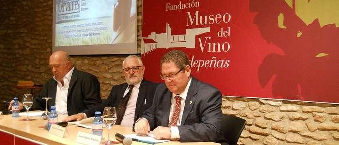 """Cervantes """"Entre Dos Mundos"""": La Antigüedad y La Modernidad"""