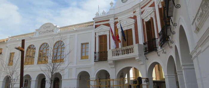 Los extranjeros con derecho a voto en las elecciones del 26 de mayo deben manifestarlo en el Ayuntamiento de Manzanares