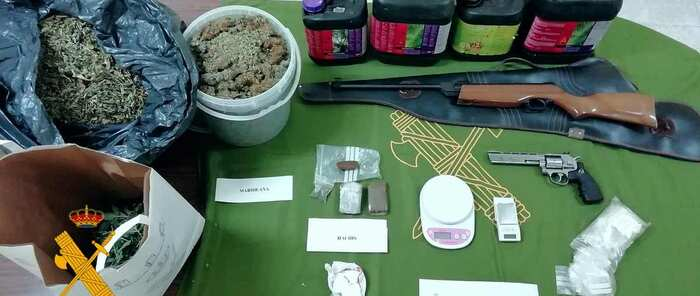 La Guardia Civil ha detenido a un hombre en Gálvez por tráfico de drogas