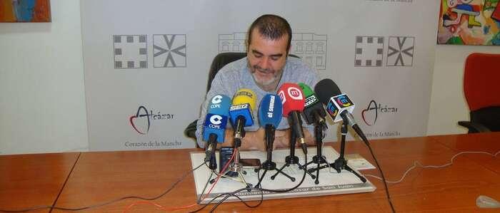 El próximo lunes día 14 es noviembre se reactiva el Servicio de Retirada de Muebles Enseres y Papel en Alcázar con una encomienda de gestión a Viveros Abedul