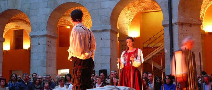Imagen: La cuarta edición del Festival de Teatro Español de Londres acoge la representación de la obra 'Los espejos de Don Quijote'