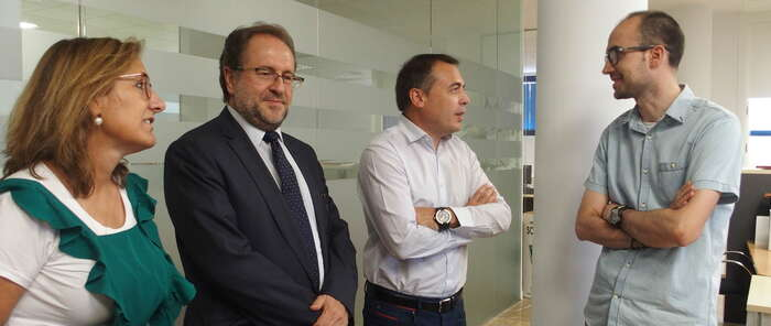 El Ayuntamiento de Cuenca aporta 117.644 euros a la contratación de los 27 trabajadores del Plan del Empleo
