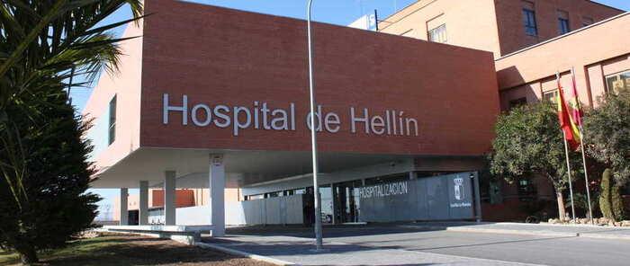 El Hospital de Hellín recupera la normalidad tras la intensa tormenta caída en el municipio