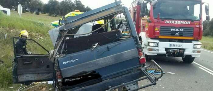 herido en un accidente de carretera en Picón. Imágenes: LMS- Sargento Bomberos