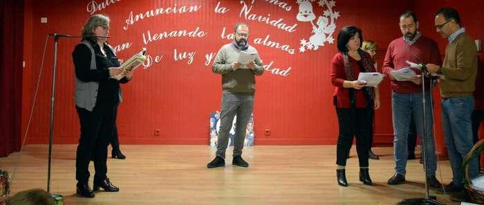 Las Bibliotecas Municipales de Ciudad Real celebran la Navidad de la Mayorteca de Santiago en la Residencia Santa Teresa