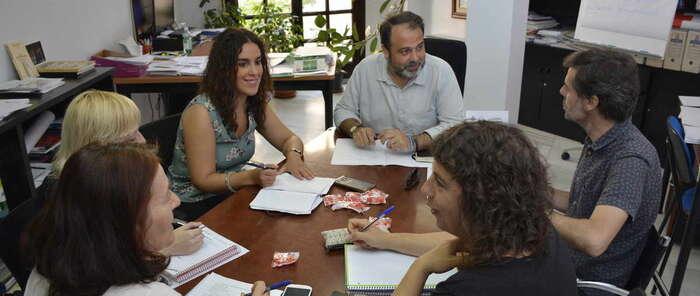 La Mesa Municipal de Apoyo a los Refugiados de  acuerda establecer un protocolo de actuación para refugiados en segunda fase
