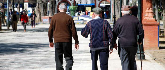El Gobierno de Castilla-La Mancha potenciará este año el programa especial de prevención de caídas en personas mayores