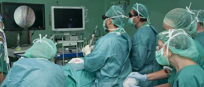 El servicio de Otorrinolaringología del Hospital de Guadalajara interviene por vez primera una fístula nasal de líquido cefalorraquídeo