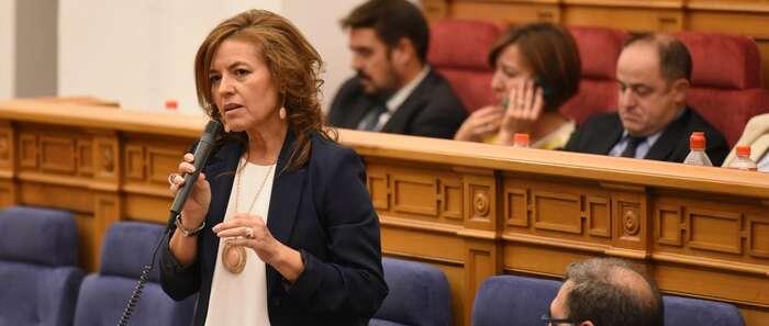 """El Ejecutivo regional incrementa en un 43%, en dos años, las personas atendidas por el Sistema de Dependencia """"a pesar de la reducción de la aportación del Gobierno de España"""""""