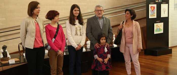 La exposición 'Pinta y esculpe tu constitución', organizada con motivo del 40º aniversario de la Constitución Española, girará por toda la región