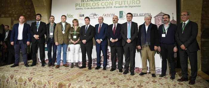 La futura Ley regional de Desarrollo Territorial Integrado establecerá la telecomunicación como un servicio básico esencial por primera vez en España
