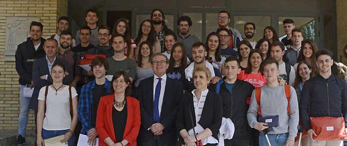 Los ganadores en el Campus de Cuenca del XXVII Trofeo Rector recogen sus premios