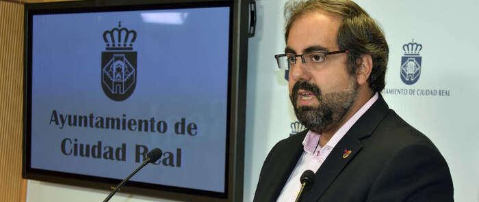 La Junta de Gobierno de Ciudad Real aprueba la licencia para soterrar la línea eléctrica sobre el nuevo pabellón de Las Casas