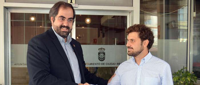 David Serrano releva a Jorge Fernández al frente  de la Empresa Municipal de Servicios EMUSER