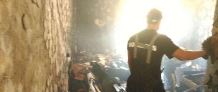 Un varón de 68 años herido grave esta mañana por explosión e incendio en la cocina de su casa en Villahermosa
