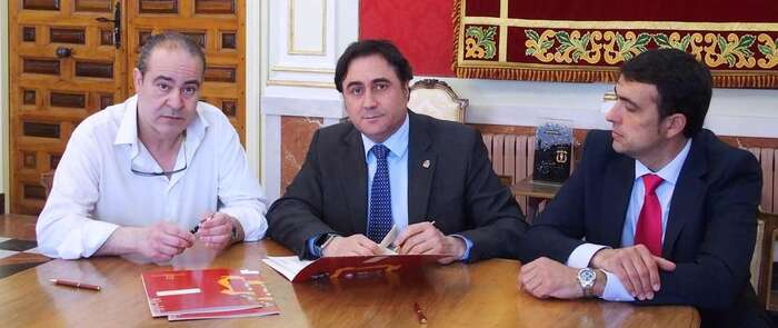 El Ayuntamiento aporta 20.000 euros al Punto de Atención al Emprendedor de la Cámara de Comercio de Cuenca