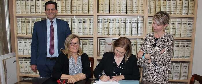 La Casa de la Encomienda ya es propiedad del Ayuntamiento de Socuéllamos tras la firma de escrituras y entrega de llaves