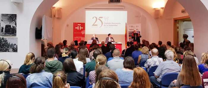 Mariscal cierra en el instituto Cervantes de Moscu la campaña de promocion de Cuenca y las ciudades patrimonio en la capital de Rusia
