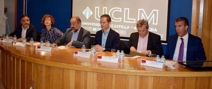 Más de un centenar de alumnos de institutos de Albacete han participado en el proyecto tecnológico SESO