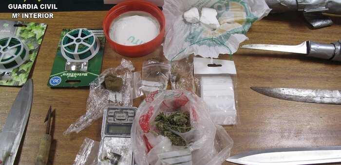 La Guardia Civil ha desarticulado un punto de venta de droga en la localidad de Ocaña