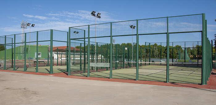Abierto el plazo de inscripción de los Cursos Municipales de Tenis y Pádel para la temporada 2020 / 2021, en Alcázar de San Juan