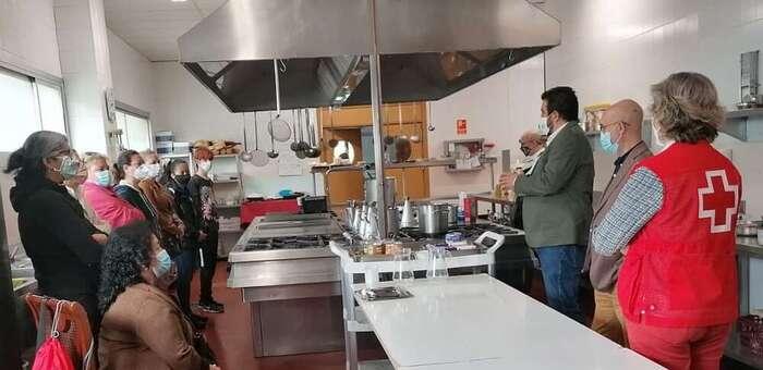La Escuela Superior de Gastronomía y Hostelería de Toledo y Cruz Roja se unen por el uso eficiente de los recursos