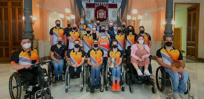 Cabañero traslada al Club BSR Amiab, flamante campeón de la Copa del Rey de Baloncesto en Silla de Ruedas, el aplauso de toda la provincia de Albacete