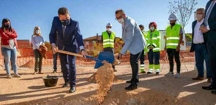 La apuesta del Gobierno de Castilla-La Mancha por la Atención Primaria ha llevado a doblar el presupuesto para la mejora de la prestación sanitaria más cercana