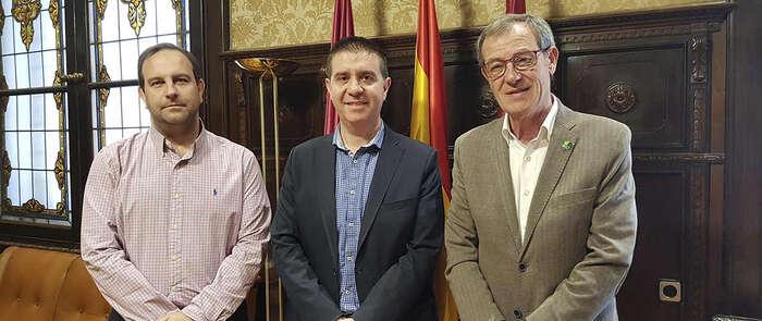 Santiago Cabañero y Lucio Gómez repasan la actividad de Asprona y miran al futuro con la colaboración como compromiso constante en Albacete
