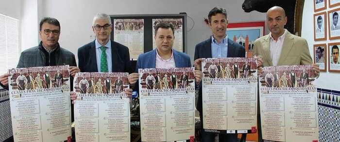 Manuel Serrano anuncia que 30 alumnos de las 14 mejores escuelas taurinas participarán en las cinco clases prácticas y en la final que acogerá la Plaza de Toros de Albacete en el mes de mayo