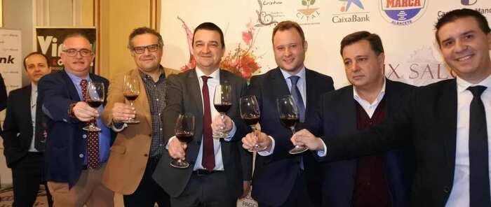 """El Gobierno regional defiende la cultura del vino e impulsa su promoción para que el sector vitivinícola de la región """"conquiste"""" el mundo"""