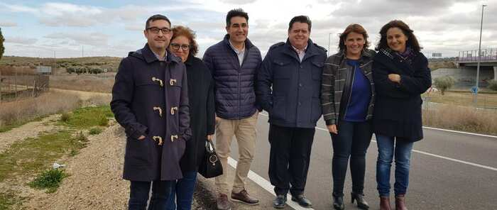 El Gobierno regional analiza con el Ayuntamiento de Cobisa las alternativas de drenaje para resolver el problema de las inundaciones