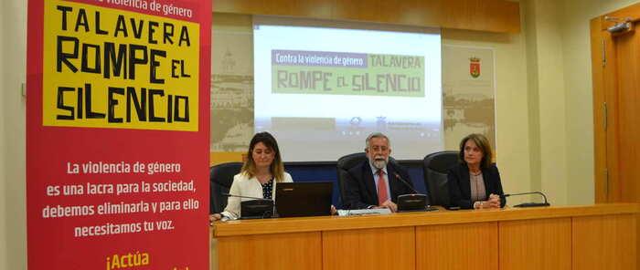 """El alcalde pide a los talaveranos que """"actúen y rompan el silencio"""" ante la violencia de género"""
