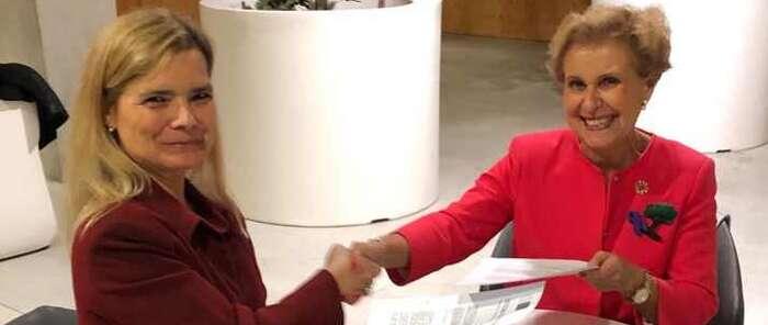 El Círculo de Mujeres de Negocios (CMN) y la Confederación de Federaciones y Asociaciones de Familias y Mujeres del Medio Rural (AFAMMER) firman un convenio para impulsar a las mujeres rurales y empresarias