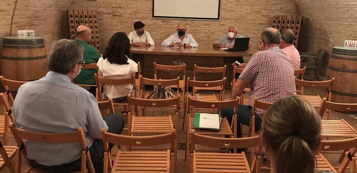 ASAJA CLM abre un debate sobre el sistema de comercialización de la uva y el vino