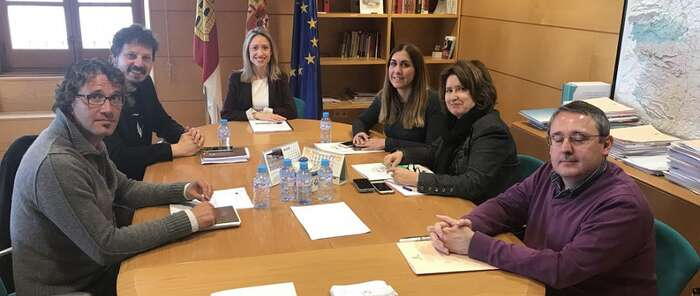 El Gobierno regional colaborará con CECAP en la búsqueda de programas europeos para financiar proyectos sociales