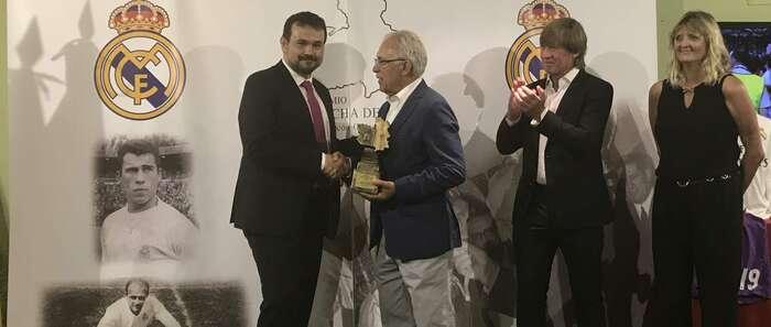 El Gobierno regional destaca el papel de Santiago Bernabéu en la mejora y desarrollo del fútbol en España