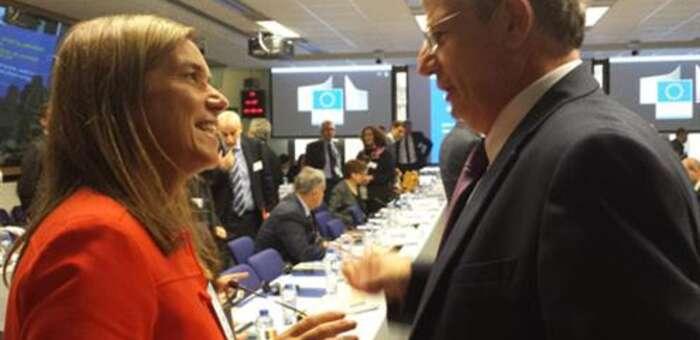 imagen de La ministra Ana Mato defiende una posición conjunta de la Unión Europea para el control del virus ébola en las fronteras