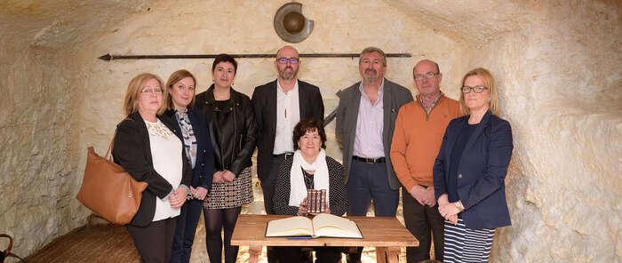 Dolores López cierra la Lectura Colectiva del Quijote en Argamasilla de Alba