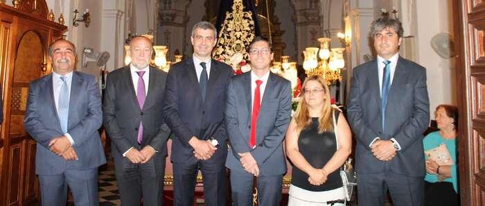 Álvaro Gutiérrez comparte con los nambroqueños el día grande de sus fiestas patronales
