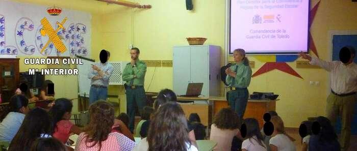 La Guardia Civil instruye diligencias contra dos menores por un caso de acoso escolar