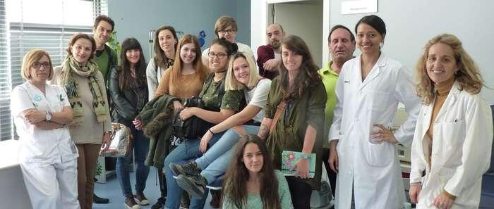 Alumnos de la Escuela de Arte diseñan planes de comunicación para fomentar donaciones en el Banco de Sangre del hospital de Ciudad Real