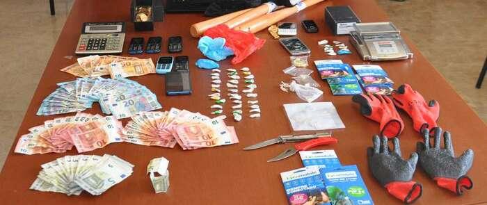 Detenidas tres personas que traficaban con cocaína y heroína en Valdepeñas