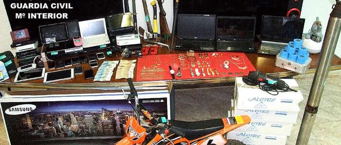 La Guardia Civil desarticula un grupo organizado especializado en robos en varias provincias