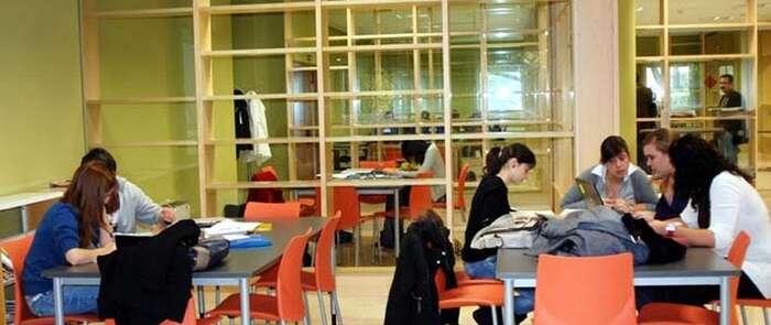 La UCLM está trabajando para que este miércoles comience el proceso de matriculación
