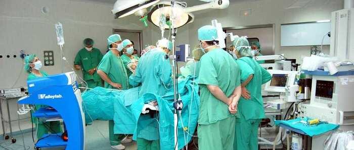 El servicio de cirugía cardiaca del hospital de Toledo realizó 418 intervenciones en 2017, unas 6,5 semanales